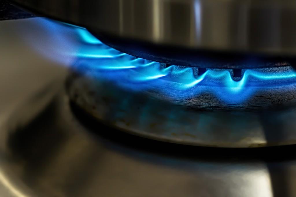 flame-871136_1280-1024x682