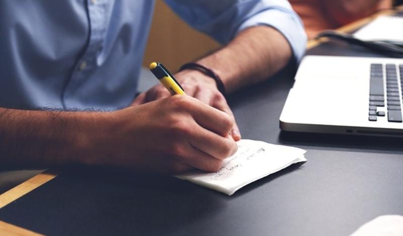 Zwróć uwagę na szczegóły zanim podpiszesz umowę telekomunikacyjną