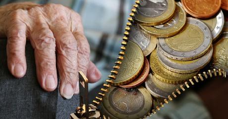 ZUS: Tylko we wrześniu złożono ponad 800 wniosków o emeryturę