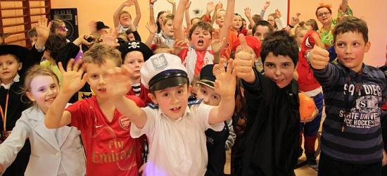 ZAGÓRZ24.pl : Bal karnawałowy w szkole podstawowej na Nowym Zagórzu (ZDJECIA I FILM)