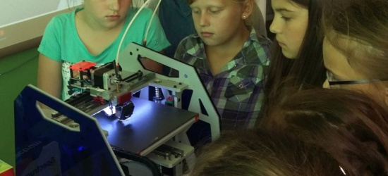 Uczniowie SP w Tarnawie Dolnej projektowali trójwymiarowe modele (ZDJĘCIA)