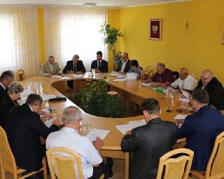 ZAGÓRZ: O połączeniach kolejowych z Komańczy do Jasła, planie zagospodarowania przestrzennego oraz zmianach w budżecie na najbliższej sesji