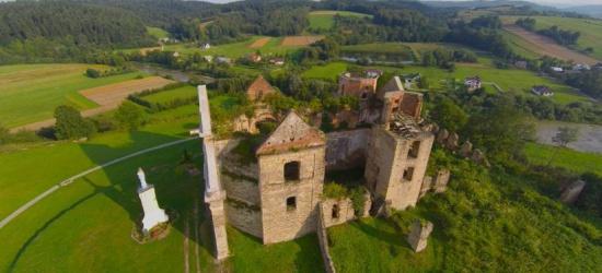 ZAGÓRZ: Ruiny klasztoru jeszcze bardziej bezpieczne i atrakcyjne. Zobacz efektowne zdjęcia z lotu ptaka (FILM, ZDJĘCIA)