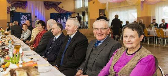 Opłatek i zabawa karnawałowa dla seniorów mieszkańców Poraża (ZDJĘCIA)