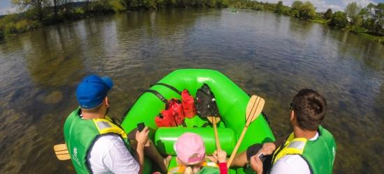 Spływy pontonowe Sanem. Niezapomniana bieszczadzka przygoda